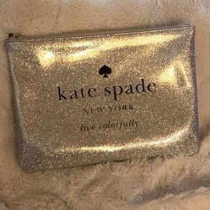 🌟Sale!🌟NWOT ♠️Kate Spade Glitterbug Gia pouch♠️
